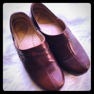 Dansko leather clog Lireai ~ eu40/us10